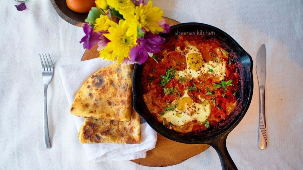 Shakshuka eggs in spicy tomato sauce sheenas kitchen get your own copy download shakshuka recipe pdf forumfinder Image collections