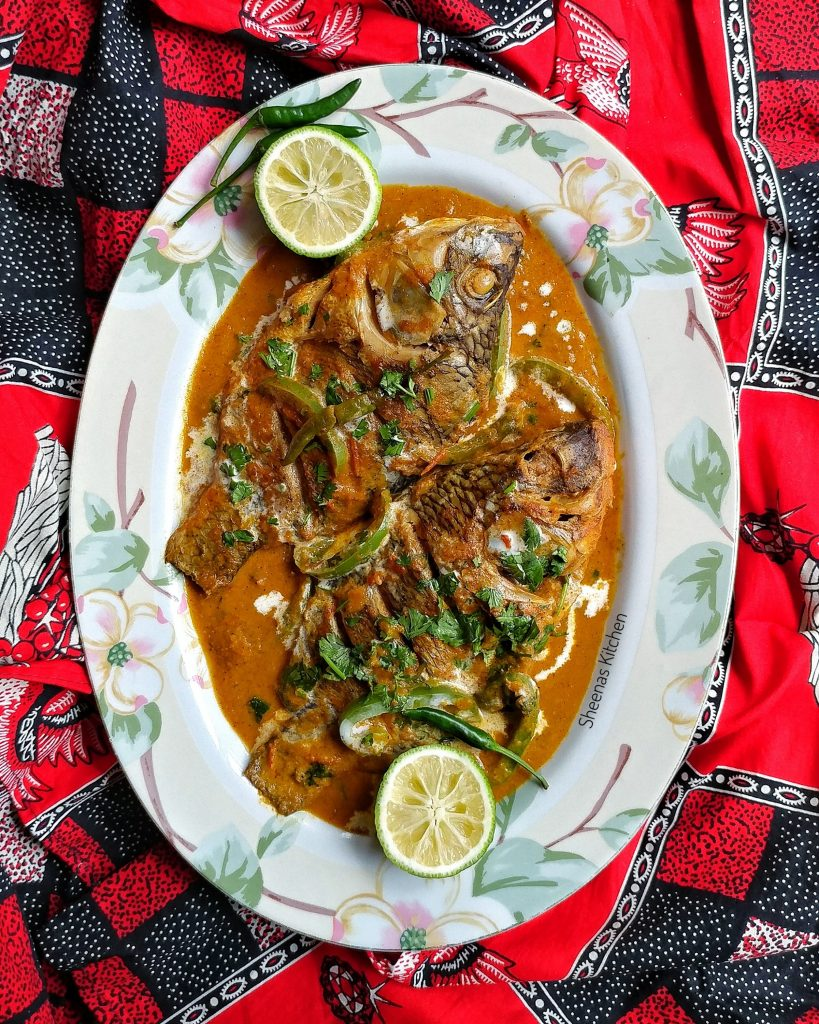 whole tilapia fish in coconut sauce(samaki wa kupaka) close_Sheenas Kitchen